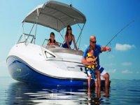 En barco con la familia