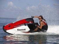 Alquilar motos de agua