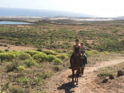 Ruta a caballo por campo en Telde. 1 h