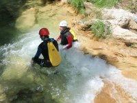 溪降在雷维达峡谷下降