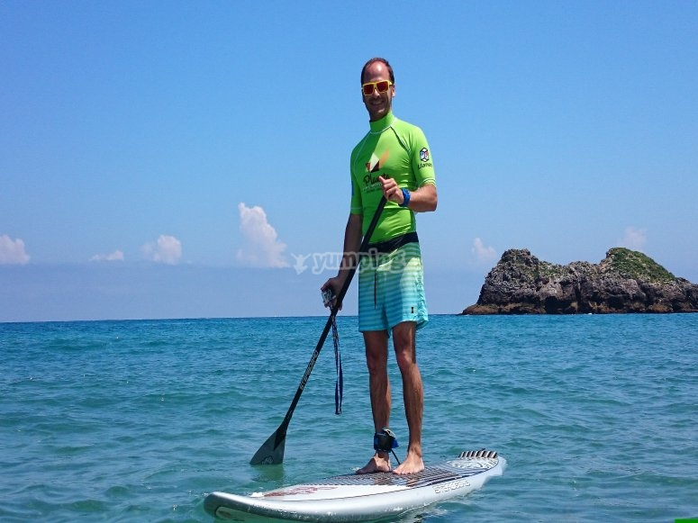 Paddle surfing in Asturias