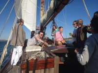 4 h de ruta en velero+Aperitivo. Huelva. Adultos