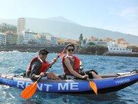 En kayak de alquiler