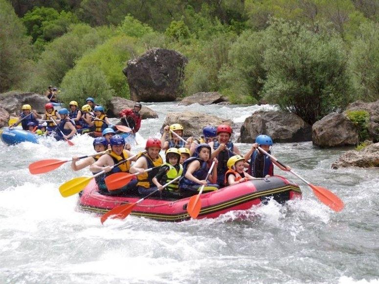 Rafting apto para niños en la sierra de Cazorla