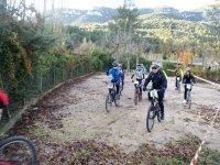 Con la bicicleta de montana por el GR-11
