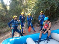 Escuchando al monitor de rafting
