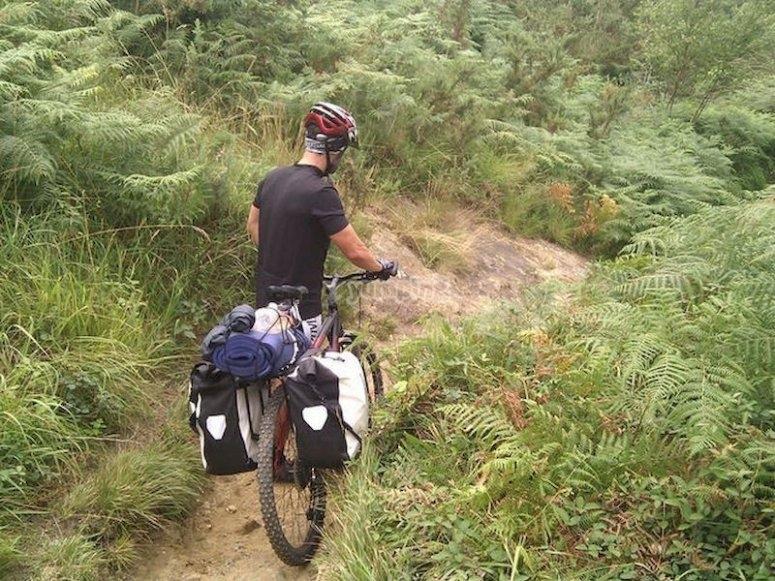 Recorre los senderos de Lugo montando en bici