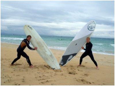 Clases de surf 10 horas + alojamiento