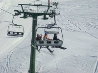 越野滑雪轨道上在完美的条件