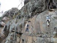 escalando por la montana vertical