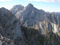 登山韦斯卡会议爬坡攀岩会议休息后