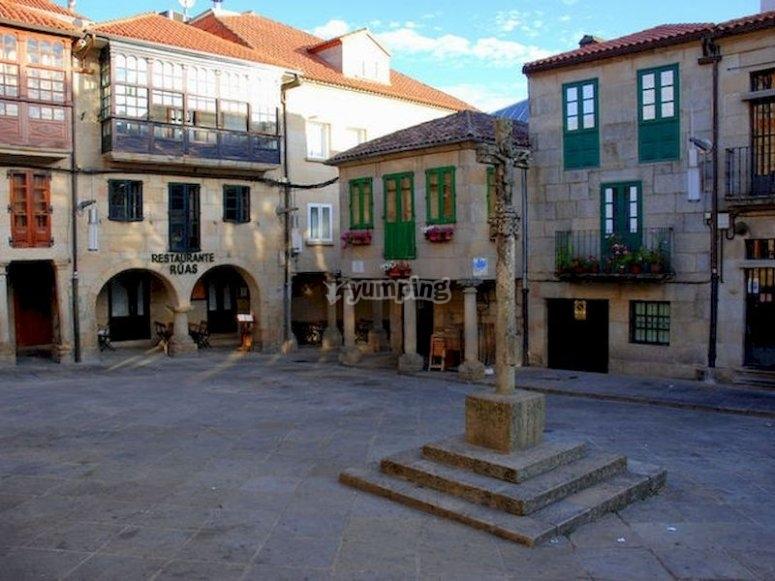 Descubre la capital de Rías Baixas con una visita guiada