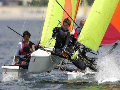 Corso di iniziazione a vela leggera 5 ore Hobie Dragoon 13´