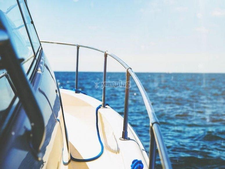Alquila un velero en Segur de Calafell