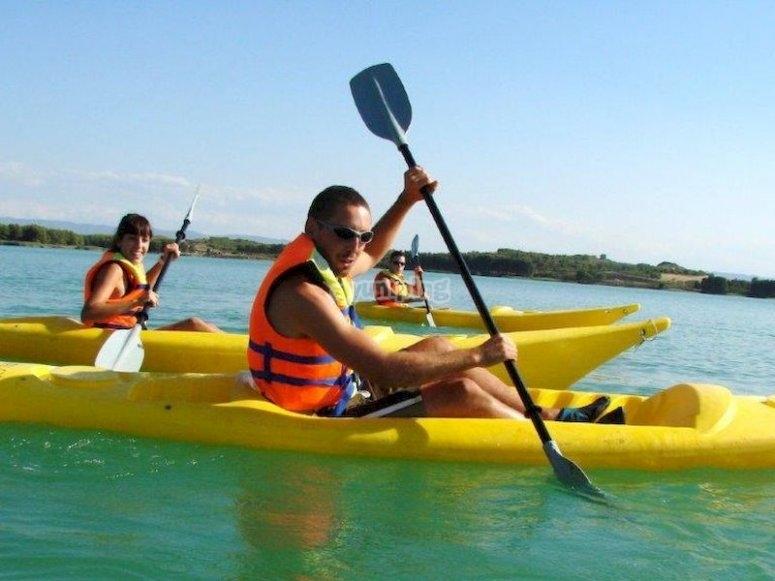 Navegar en kayak en el paraje de La Estanca