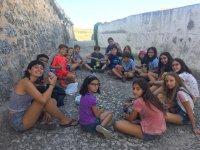 Reunión en las murallas