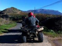 Descubre los paisajes riojanos conduciendo un quad
