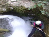 Descent canyoning