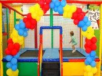 Camas elasticas y globos