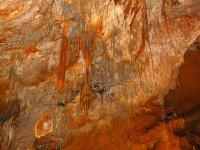 la cueva y sus formaciones