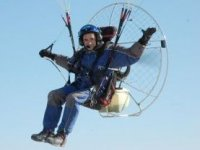 Paramotor en vuelo