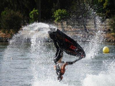 Trucos en moto de agua