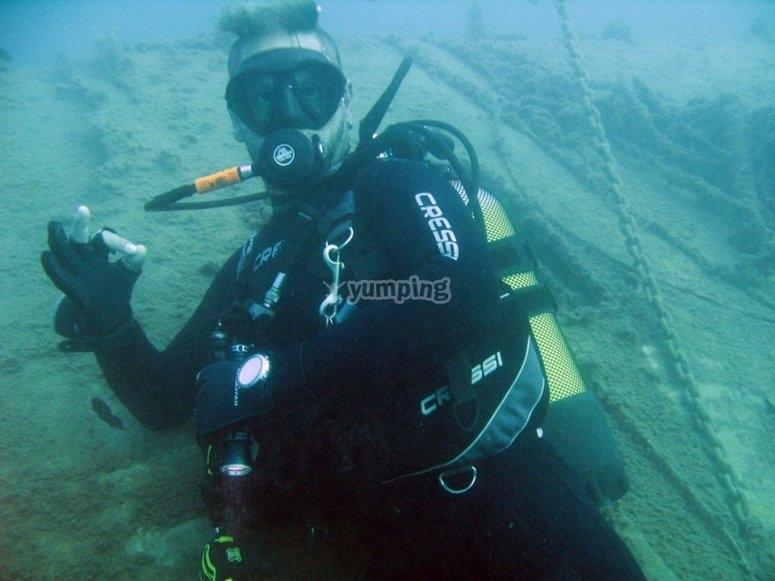 练习水肺潜水