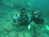 年轻的潜水员