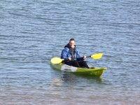 皮划艇在海上