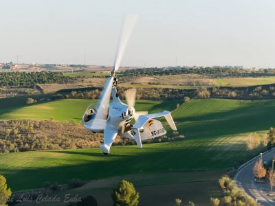 Pilot an Autogyro for a day Madrid, 15 min.