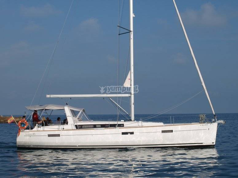 sailboat beneteau