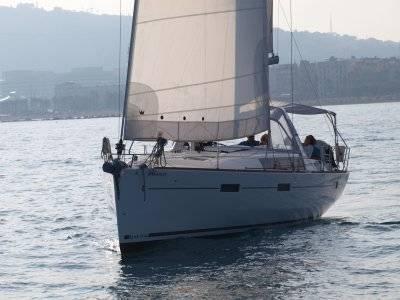 Private sailing boat trip, Barcelona, 1 day