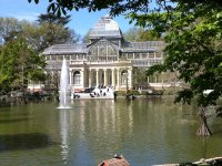 Visit the Crystal Palace in the Retiro