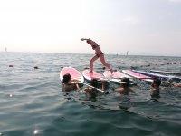 冲浪营中的有趣游戏
