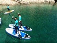 与朋友一起划桨冲浪路线