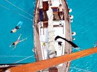 Giro in barca a vela al tramonto a Ibiza 3 h