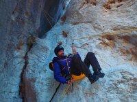 Tirolina en roca