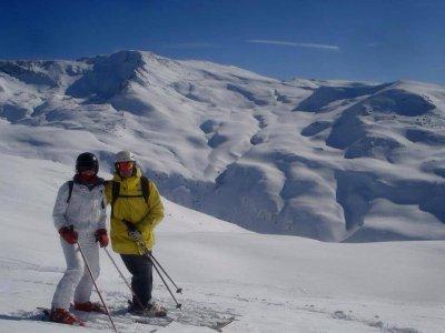 Curso de esquí + 2 noches en Pradollano