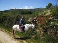 Carmen a caballo
