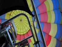 Learn how to fly a balloon