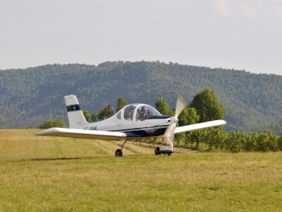 20min flight baptism: light aircraft in Catalonia