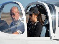 Con l'esperto pilota a bordo dell'aeromobile