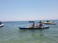 Navegando en kayak hinchable