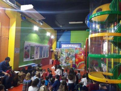 Cumpleaños Parque Infantil+Menú Sandwich Mixto