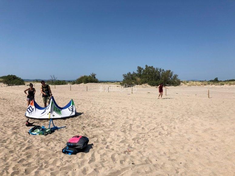 Doing kitesurfing in L'Estartit