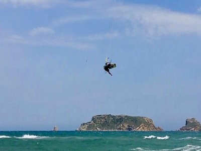 Kitesurfing course 4 sessions L