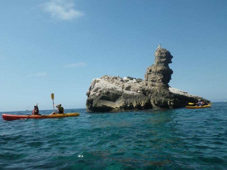 Navegando para llegar hasta la Cueva