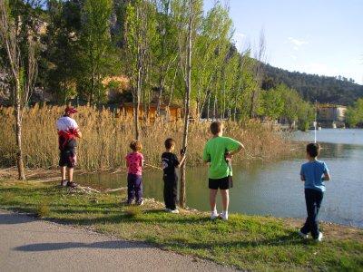 开始为儿童运动钓鱼