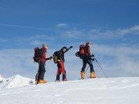 Esquí de travesía en la nieve
