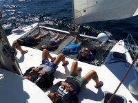 Addio di ragazzi sulla barca
